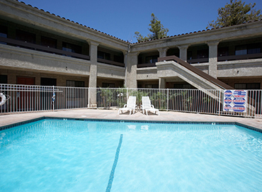WELCOME TO PREMIER INNS THOUSAND OAKS - INVITING POOL