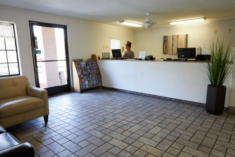 Welcome To Premier Inns Thousand Oaks - Lobby